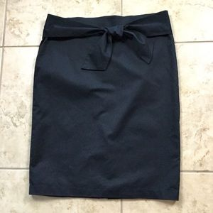 NY&Co Black Skirt w/ bow accent Size 16
